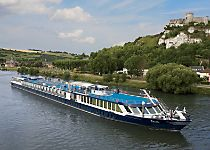 Explore France aboard the MS Bizet