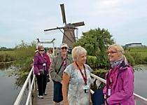 Discover the famous Netherlands windmills in Kinderdijk