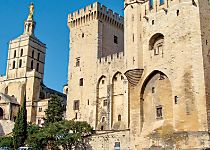 Explore the Papal Palace and the streets of Avignon