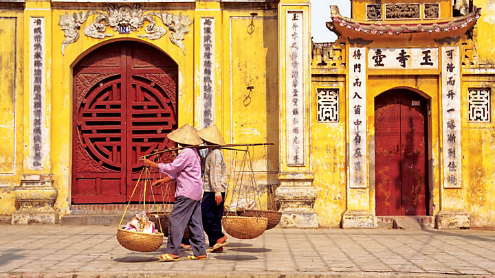Experience the Presidential Palace while touring Hanoi