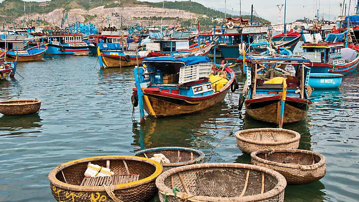 Visit a local fishing village