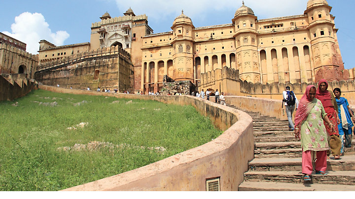 Explore 16th century Amber Fort in India
